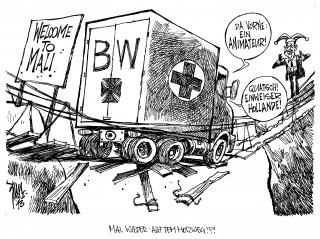 Bundeswehr-Einsatz in Mali: Logistische Unterstützung für Frankreich durch drei Transall-Maschinen und Luftbetankung französischer Kampfjets leistet die Bw schon seit geraumer Zeit. Jetzt kommen hinzu Ärzte und Sanitäter sowie Spezialisten für die Pionierausbildung.