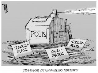 Polizeigewalt in der Türkei: Die Proteste gegen Erdogan reißen nicht ab.Kizilay-Platz, Gezi-Park, Taksim-Platz.